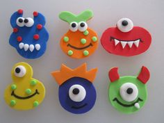 Monster Assortment Cupcake Toppers 1 Dozen by sweetenyourday Fondant Cupcakes, Kid Cupcakes, Fondant Toppers, Themed Cupcakes, Cupcake Cakes, Cartoon Cupcakes, Little Monster Birthday, Monster Birthday Parties, Monster Party