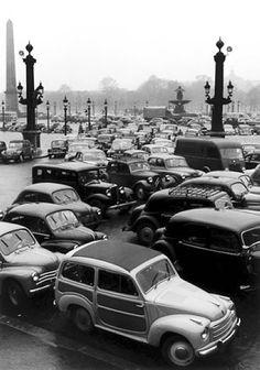 Janine Niepce //  Traffic at Place de la Concorde  - Album Paris #134