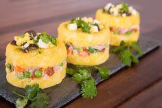 Receta de causa peruana con jamón y tocino. So yummy!