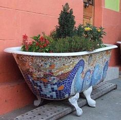 When you get your NEW JASON HYDROTHERAPY BATH, why not up-cycle your old bath into a pretty planter like this Mosaic bath!