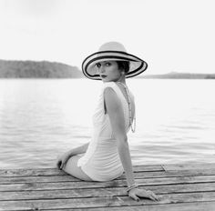 86 best images about Photography - Rodney Smith on . Moda Vintage, Vintage Love, Vintage Hats, Vintage Vibes, Vintage Glamour, Vintage Beauty, Vintage Fashion, Retro Fashion, Moda Pin Up