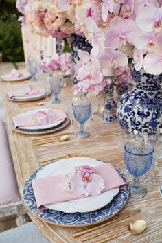 Wedding table ideas in soft pink and blue by Celios Design.