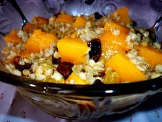 A scrumptious Peachy Barley Salad drenched in a peachy fruit juice. Barley Salad, Vinegar Uses, Vegan Lunch Recipes, Fruit Juice, Coconut Oil, Yummy Food, Uses Of Vinegar, Delicious Food, Good Food