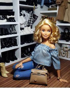 Barbie Doll Accessories, Doll Clothes Barbie, Barbie Dress, Barbie Shoes, Fashion Dolls, Moda Barbie, Barbie Tumblr, Accessoires Barbie, Barbies Pics