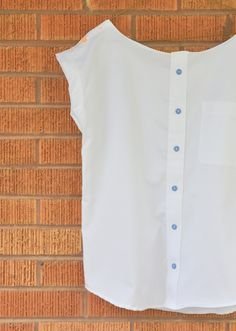 I'm so excited about this refashion swap! And it ties in perfectly with this nautical week theme with the stenciled sailboats and peter pan collar. A bunch of talented ladies in one challenge…