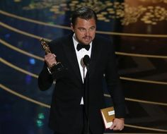 """Leonardo DiCaprio holds the Oscar for Best Actor for the movie """"The Revenant"""" at the 88th Academy Awards in Hollywood, California February 28, 2016.   REUTERS/Mario Anzuoni"""