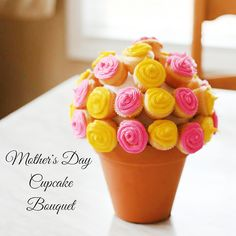 Southern Mom Loves: Day 8: Mother's Day Cupcake Bouquet {#12DaysOf Mother's Day}