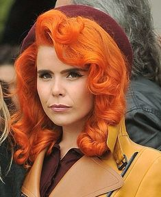 EEWIGS Orange Color Curly Wigs with Synthetic Lace Front Wigs Glueless Lace Front Short Bob Heat Resistant Hair Fiber for Women 10 Inch Half Hand Tied Blonde Wig, Blonde Ombre, Work Hairstyles, Vintage Hairstyles, Red Hair Color, Hair Colours, Orange Color, Beautiful Redhead, Gorgeous Hair