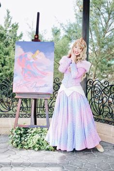 Disney Character Cosplay Princess Aurora at the Festival of the Arts, Walt Disney World Face Character, Sleeping Beauty Disneyland Princess, Disney Princess Dresses, Princess Aurora, Princess Bubblegum, Disney Girls, Disney Love, Disney Magic, Walt Disney, Merida Disney