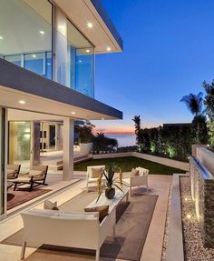 I'd be happy with this!  #luxury #luxuryhome #realestate #motivation #bungalowhq