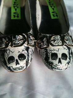 Skulls and Webs Horror Punk Flats Shoes UK by MissFiendishApparel, Shoes Uk, Sock Shoes, Cute Shoes, Me Too Shoes, Shoe Boots, Flat Shoes, Pumps, Heels, Halloween Shoes