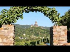 Flair Hotel am Rosenhügel - Cochem - Visit http://germanhotelstv.com/flairamrosenhuegel This charming 3-star hotel offers cosy accommodation in the heart of the Cond district of Cochem. It enjoys wonderful views of Reichsburg castle and the vineyards of the Moselle countryside. -http://youtu.be/9sRdxcGnfNo
