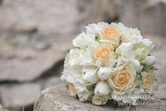 """Képtalálat a következőre: """"gyöngyvirág esküvői csokor"""""""