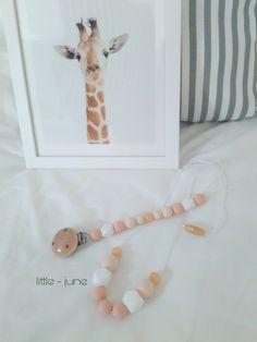 Conjunto de sujetachupetes + collar mordedor de silicona de littleLOVEbabies en Etsy