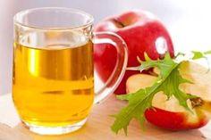 MED A OCET Domácí medový balzám. Zlepšit kvalitu vlasů můžeme například pomocí medového balzámu. Tento balzám dodá našim vlasům bohatost a lesk. Ve 1/4 litru teplé vody rozmícháme lžičku medu a přikápneme ocet (nejlépe ovocný). Tuto směs dobře vetřeme do mokrých umytých vlasů. Lehce několik minut masírujeme a poté důkladně opláchneme vlažnou vodou.