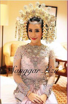 adat minang bride