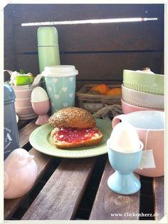 Frühstück in Pastellfarben mit Dekoration im Shabby chic von www.Flickenherz.de