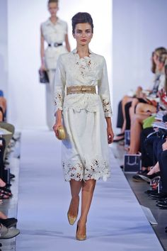 oscar de la renta ss 2013    if i went to any show, i'd go to this one.