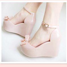 Cuñas sandalias femeninas 2015 zapatos de la jalea del color del arco plataforma del dedo del pie abierto zapatos de tacón alto en Sandalias…