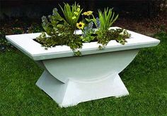 This Mark Salzman designed Highland Park Trough offers a simple, yet stylish focal point for the modern garden, terrace or patio. Garden Troughs, Garden Planters, Contemporary Planters, Cast Stone, Garden Structures, Garden Stones, Terracotta, Simple, Outdoor Decor
