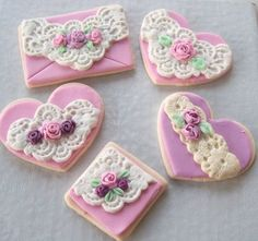 lace heart cookies in lilac ❤