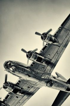 Awesome pic of a B-17G. One of the most beautiful warbirds to ever take to the sky.