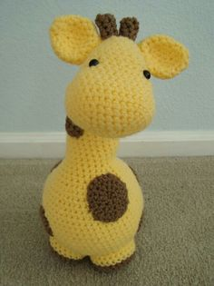 Giraffe toy Pattern can be found at: http://www.ravelry.com/patterns/library/gigi-giraf