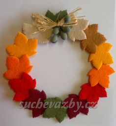 Thanksgiving Pictures, Diy And Crafts, Wreaths, Halloween, Christmas, Signs, Felt Garland, Craft, Frases