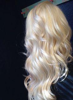 Hair color tips ombre platinum blonde 67 ideas Source by hairrcolorTips Ice Blonde, Blonde Hair Looks, Blonde Color, Bleach Blonde Hair, Colored Hair Tips, Platinum Blonde Hair, Aesthetic Hair, Balayage Hair, Gorgeous Hair