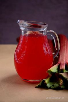 Rhubarb syrup, so simple! Best for homemade rhubarb lemonade Rhubarb Syrup, Polish Recipes, Polish Food, Kitchen Witch, Simple Syrup, Holidays And Events, Cocktail Recipes, Sweet Recipes, Mason Jars