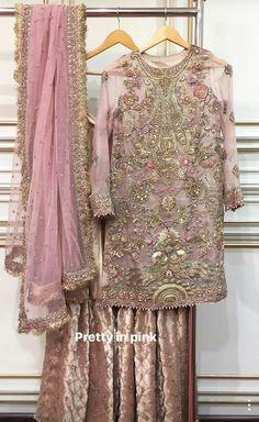 Gorgeous outfit by Zara shahjahan Pakistani Formal Dresses, Shadi Dresses, Pakistani Wedding Outfits, Pakistani Wedding Dresses, Pakistani Dress Design, Nikkah Dress, Indian Dresses, Indian Outfits, Ethnic Outfits