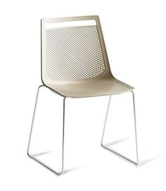 Bureaustoelen.be |  Stapelbaar stoel Akami Gaber, Rocor Wommelgem  | de bureaustoelen webshop!