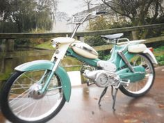 Speurders.nl: puch kikkerbek Puch (vs50) #puch #knallerter #moped Puch Moped, Moped Motorcycle, Moped Scooter, Vintage Moped, Motorized Bicycle, Motor Scooters, Gas And Electric, Cars And Motorcycles, Motorbikes
