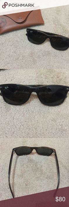 Rayban Wayfarer sunglasses Basically brand new! Non polarized Ray-Ban Accessories Sunglasses