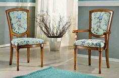 Scaun tapitat din lemn este o piesa de mobilier gratioasa, in stil baroc, cu elemente decorative sculptate manual care aduce eleganta interioarelor noastre. Este lucrat manual, din lemn de fag. Tapiseria si culoarea lemnului, va invitam sa le personalizati in functie de ambientul  casei dumneavoastra. #scaun #scaune #chair #chairs #scauneclasice #scaunetaptate #scauneliving #scaunebucatarie Accent Chairs, Dining, Furniture, Home Decor, Upholstered Chairs, Food, Decoration Home, Room Decor, Home Furnishings