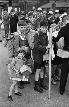 Evacuees in Montgomeryshire by LlGC ~ NLW, via Flickr
