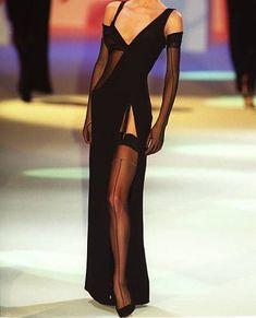 Couture Fashion, 90s Fashion, Street Fashion, High Fashion, Fashion Show, Vintage Fashion, Fashion Outfits, Fashion Design, Runway Fashion Looks
