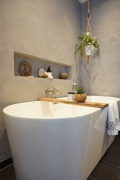 House Design, Bathroom Makeover, Transitional Decor, Small Bathroom, Bathroom Inspo, Home Styles, Home Buying, Contemporary Style Bathrooms, Bathroom Inspiration