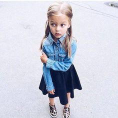 nice littles fashionista. Fashion Kids, Little Kid Fashion, Baby Girl Fashion, Toddler Fashion, Fashion Women, Outfits Niños, Cute Baby Girl Outfits, Little Fashionista, Stylish Kids