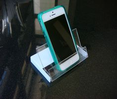 Different Uses for Cassette Tape Cases > phone stand