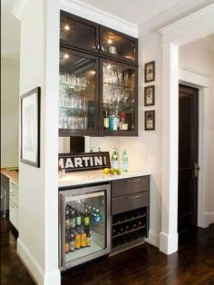 How to Decorate Your Bachelor Pad Without it Looking Sleazy http ...