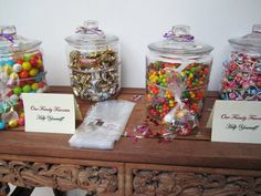 Candy bar. Party favors.  Great idea-I would love to do this at my grad party with lots of different colored candy of course!