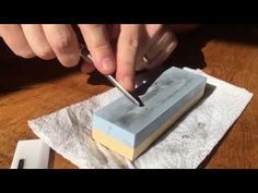 Sharpening Lino Cutting Tools - Using a Whetstone