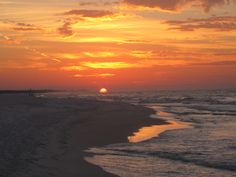 Can't wait to go to the beach for the 1st time!! WOOT WOOT Destin, FL sunrise
