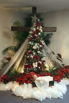 Inspiring Christmas Decoration Tree Decoration, Decoration, Christmas Decoration Best Picture For altar decorations pagan For Your Taste … Decoration Creche, Church Altar Decorations, Church Christmas Decorations, Christmas Stage, Christmas Jesus, Christmas Cross, Outdoor Christmas, Christmas Home, Christmas Wreaths