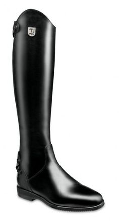 Why do you think is it essential to consider the proper suggestions in acquiring the equestrian boots to be utilized with or without any horseback riding competitors? Equestrian Boots, Equestrian Outfits, Equestrian Style, Equestrian Fashion, Horse Fashion, Riding Breeches, Tall Riding Boots, Tall Boots, Hard Wear