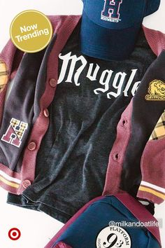 Throw a spellbinding Harry Potter birthday party with toys, arts & crafts, costumes and clothing. Harry Potter Style, Harry Potter Outfits, Harry Potter Theme, Harry Potter Cast, Harry Potter Birthday, Harry Potter Universal, Harry Potter Fandom, Harry Potter Characters, Harry Potter Kleidung