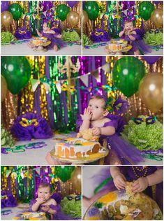 Mardi Gras Cake Smash theme www. First Birthday Photos, 1st Boy Birthday, First Birthday Parties, First Birthdays, Birthday Celebration, Birthday Ideas, Mardi Gras Pictures, King Cake Baby, Mardi Gras Centerpieces
