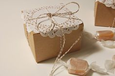 Let Me Sing You Gentle Songs: Christmas Wrapping Ideas