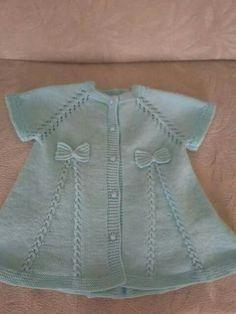 Zippered Baby Vest Making Kadriye Crochet Baby Dress Pattern, Knit Baby Dress, Knitted Baby Cardigan, Baby Dress Patterns, Knitted Baby Clothes, Baby Knits, Easy Knitting Patterns, Knitting For Kids, Baby Knitting